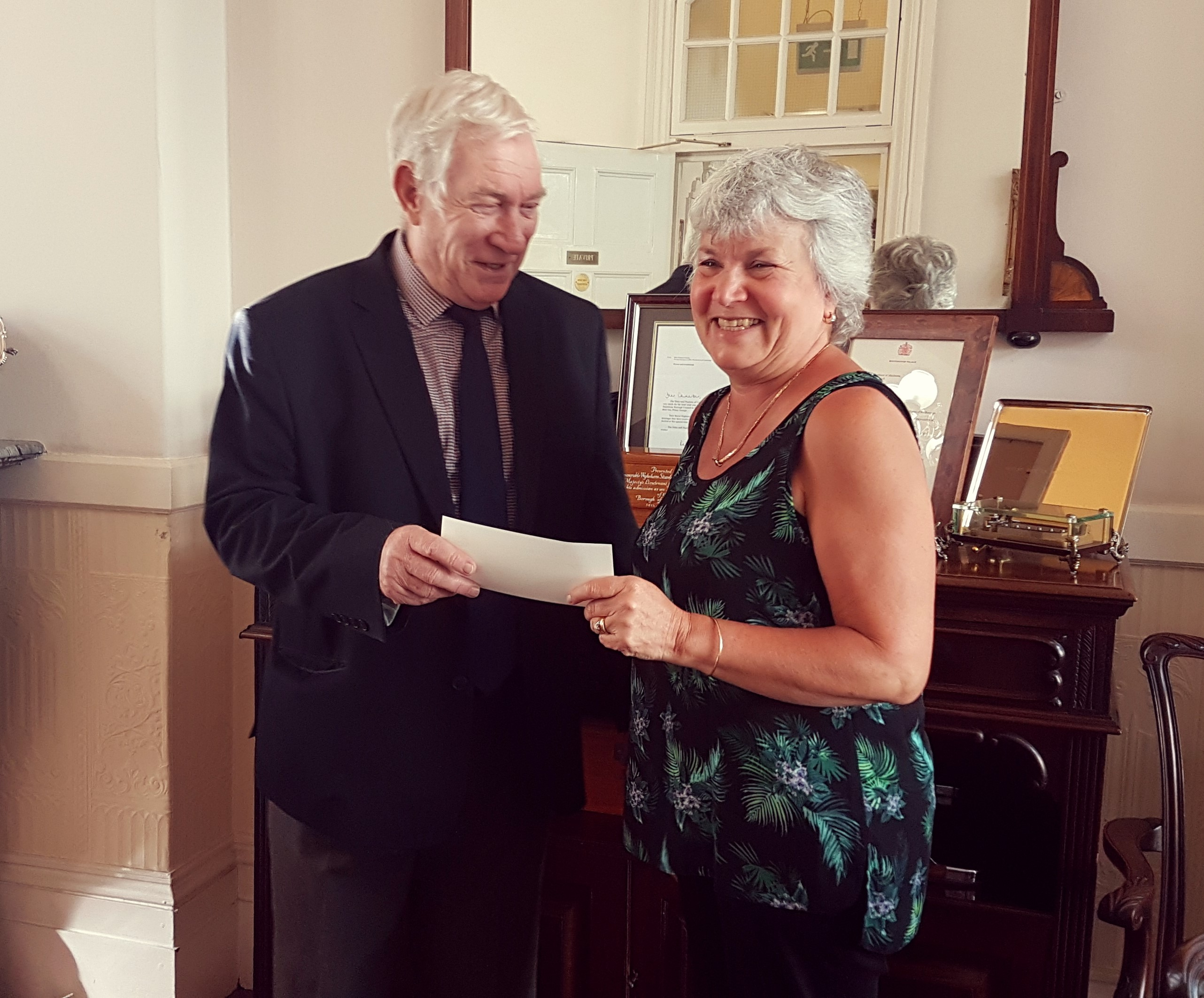 Mayor's Charities Cheque (2)